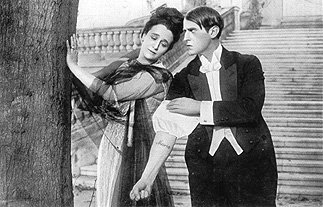 Carl with Maria Carmi as the Countess